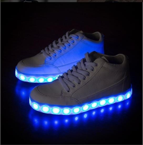 tênis com luz led para adultos