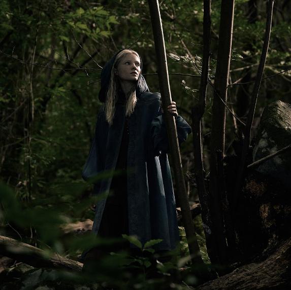the witcher série netflix fotos oficiais ciri roupa